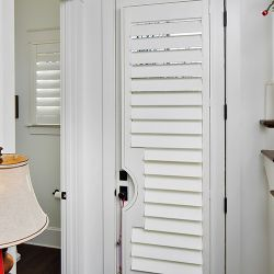 3.5 Hidden Tilt Door With Cutout